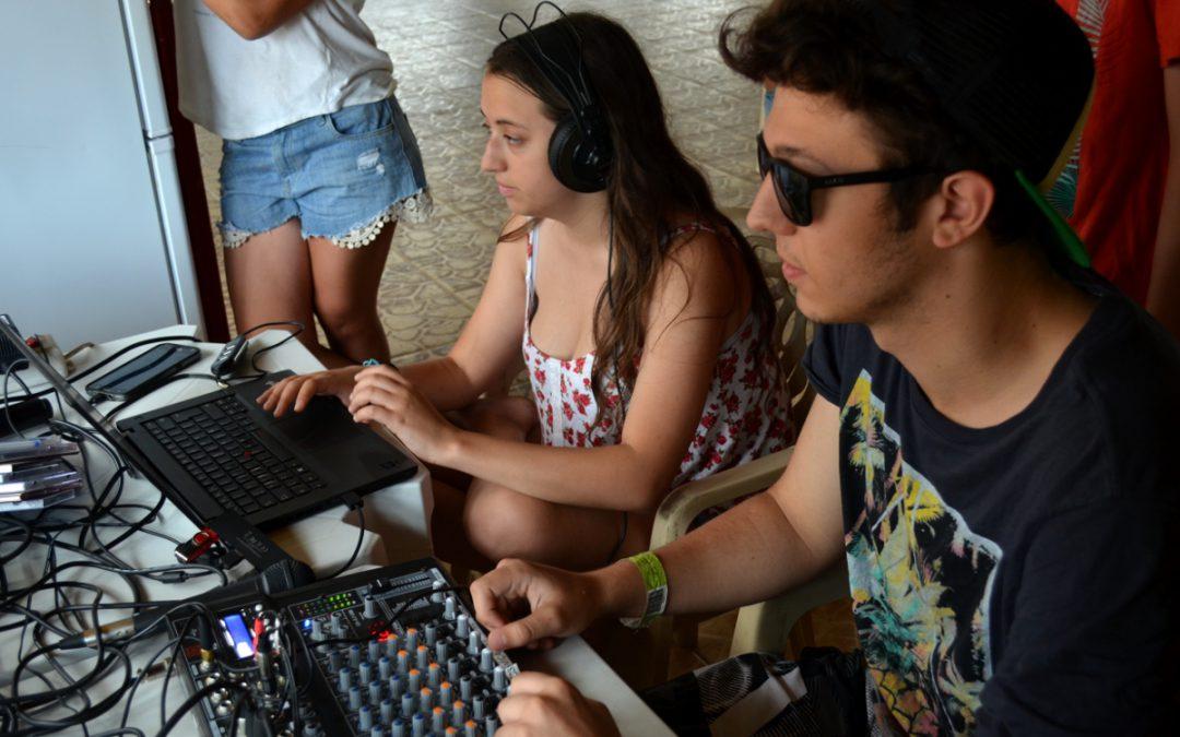 Líderes de AEBU animan el verano en Piriápolis