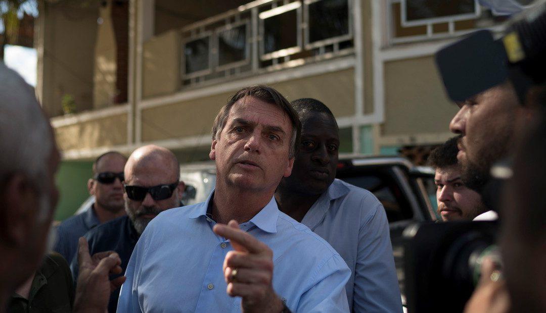 Presidente ultraderechista de Brasil Jair Bolsonaro apoya y promueve marcha en contra de la democracia