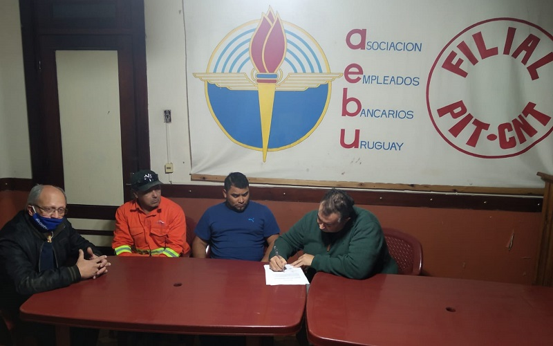 AEBU colaboró con donación para viviendas dañadas por turbonada en Paso de los Toros