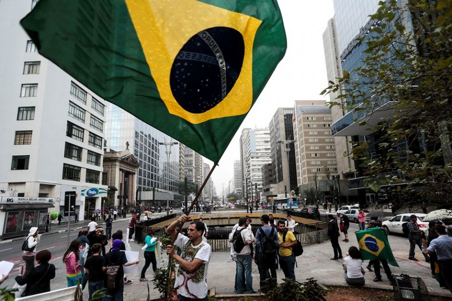 Elecciones en Brasil. Charlamos con Marilú Cabañas de Radio Brasil Atual